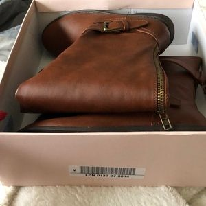 Flat boots WC size 9.5